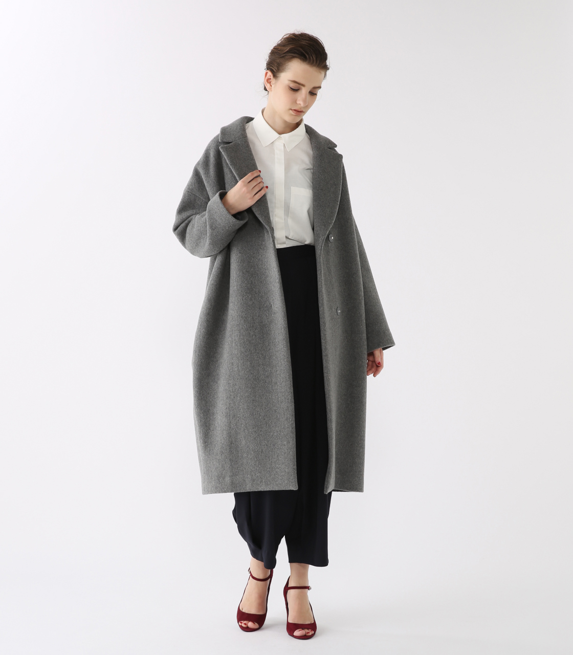 Double cocoon long coat