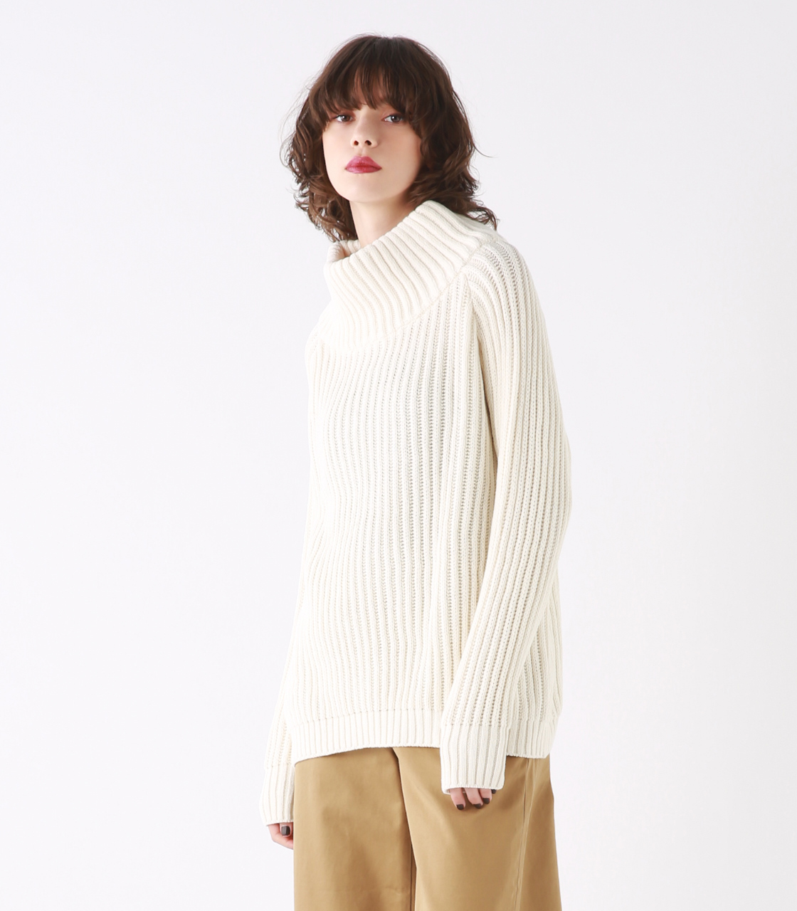 Big turtleneck knit