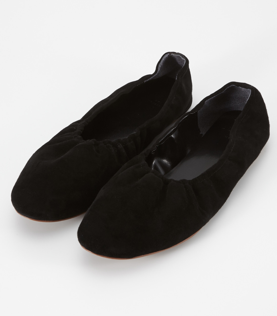 Suede gather flat shoes