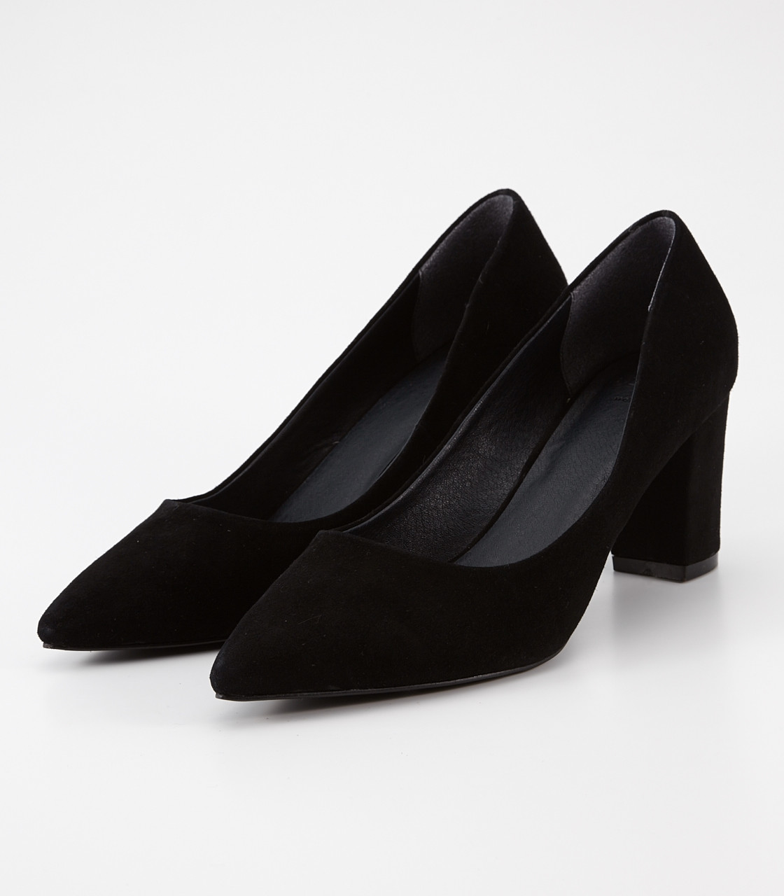 Pointed suede plane pumps