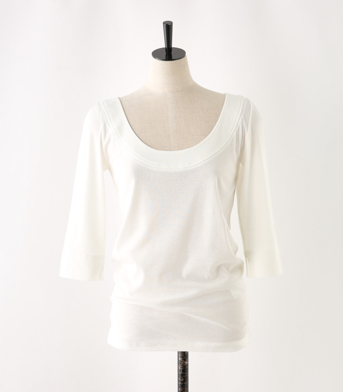 oval neck cut tops